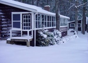 Housekeeping Lodge in winter.